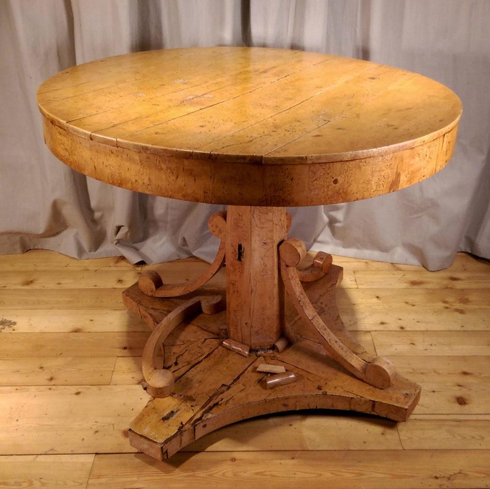 Реставрация гостиного стола