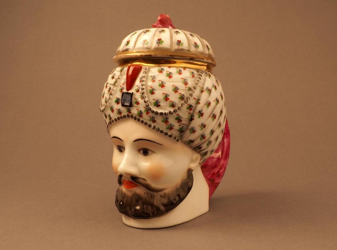 Кружка в виде головы турка