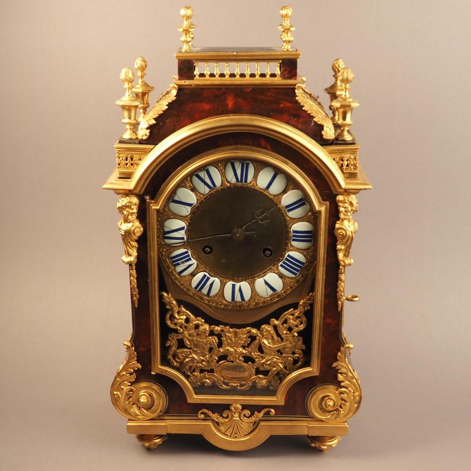 Часы с полкой – подставкой